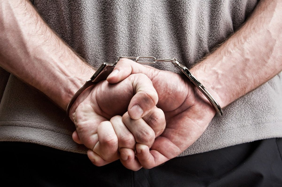 На Ужгородщині поліція спіймала чоловіка, який обікрав свою родичку