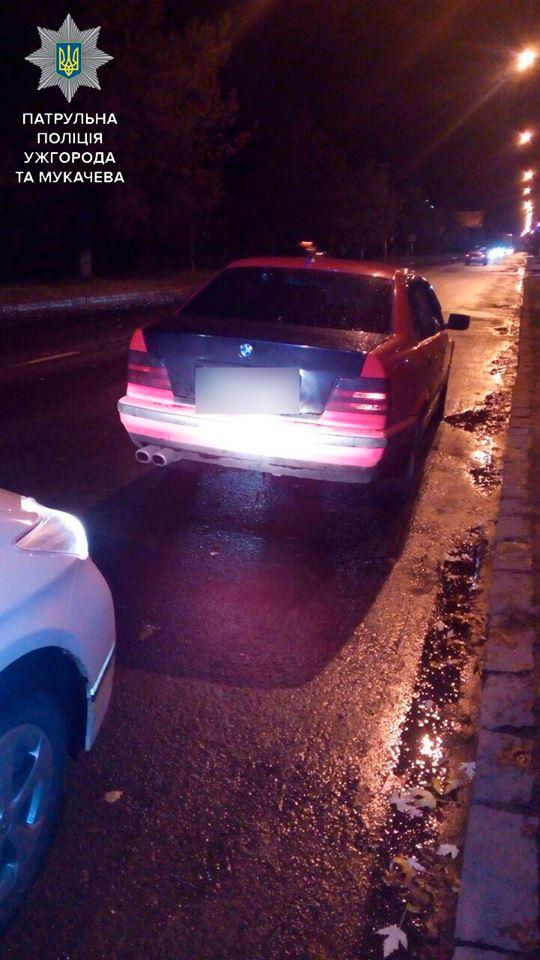 """В Ужгороді патрульні затримали нетверезого водія іномарки """"BMW"""""""