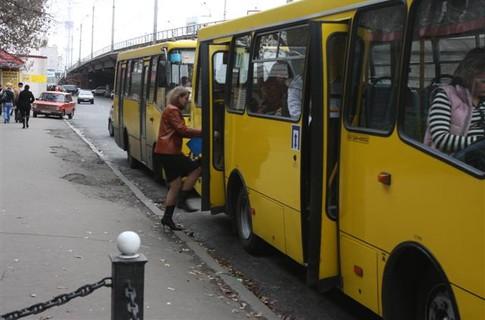 З мікрорайону Дравці до університету на БАМі: в Ужгороді розглядають доцільність курсування маршрутки у цьому напрямку