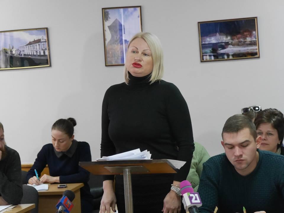 Ужгородський міськвиконком встановив тарифи на ритуальні поховання