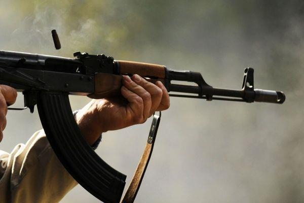 Суд заарештував чоловіка, який із автомата Калашникова стріляв у 23-річного поліцейського