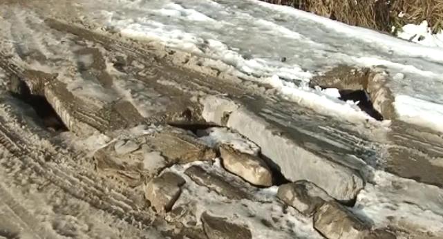 У Скотарському старі річкові переправи у будь-який момент можуть завалитись