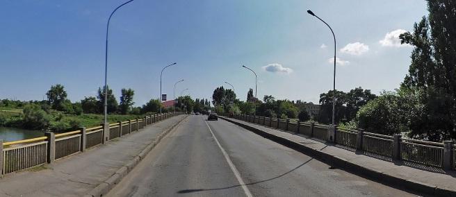 В Ужгороді біля транспортного моста буде перекрито рух автомобілів