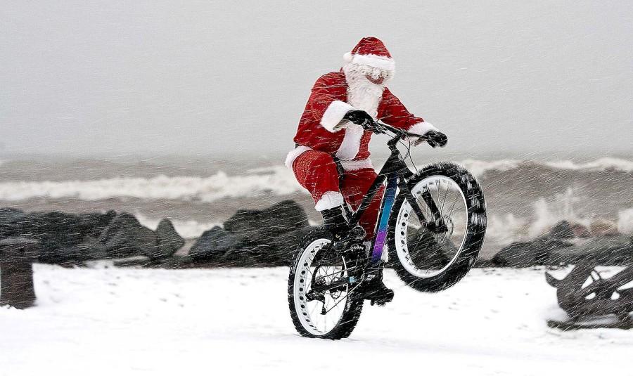 У Хусті Санта-Клауси влаштують велопробіг