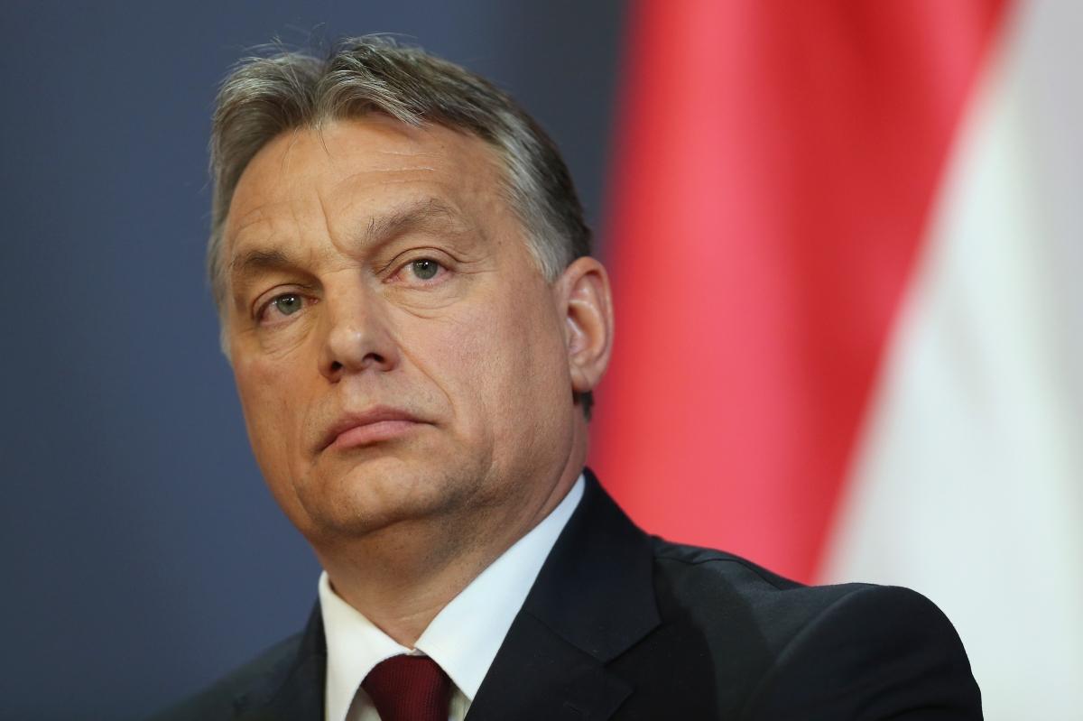 Прем'єр-міністр Угорщини Віктор Орбан засудив дії вандалів, які осквернили пам'ятник жертвам Голокосту в Ужгороді