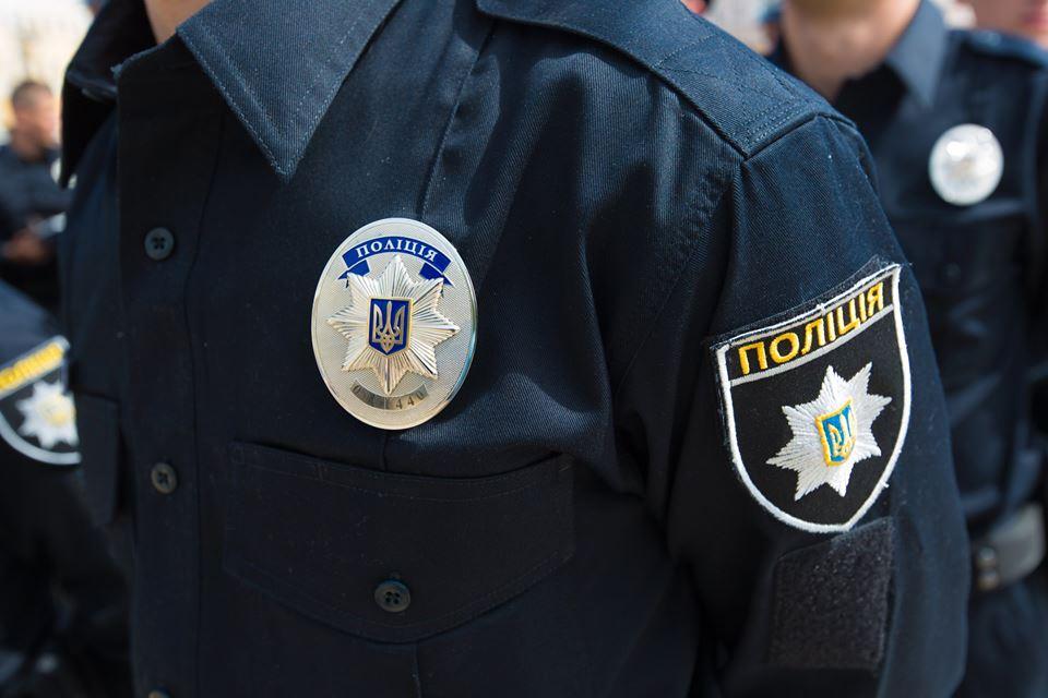 В Ужгороді патрульні затримали п'яну працівницю обласної поліції, яка була за кермом