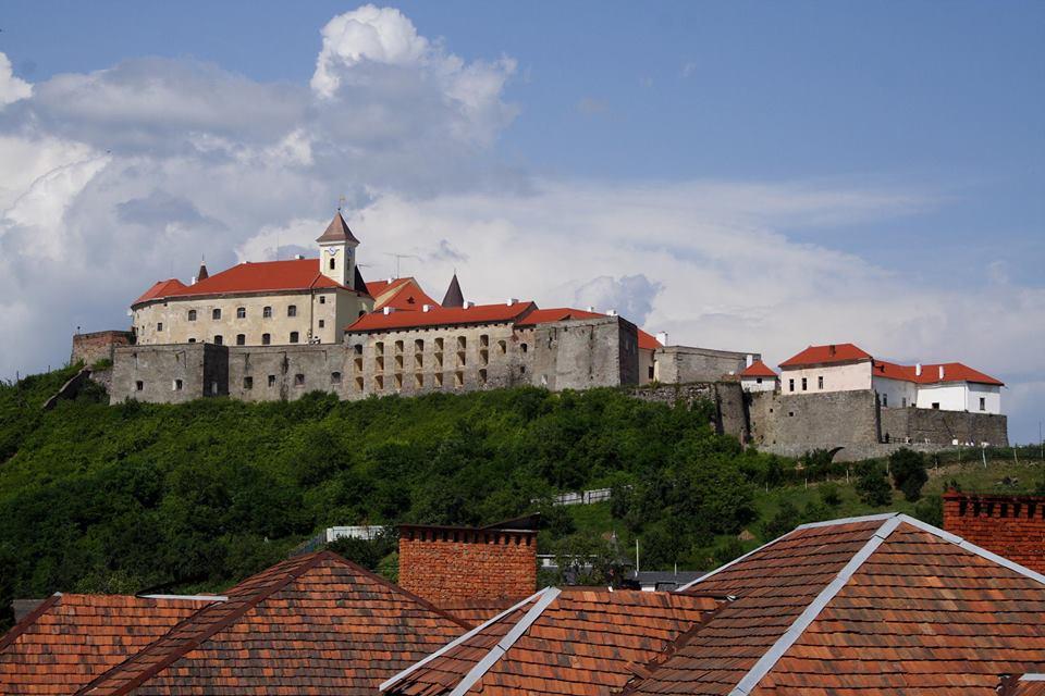 """Замок """"Паланок"""" відвідає віце-міністр культури Литви"""