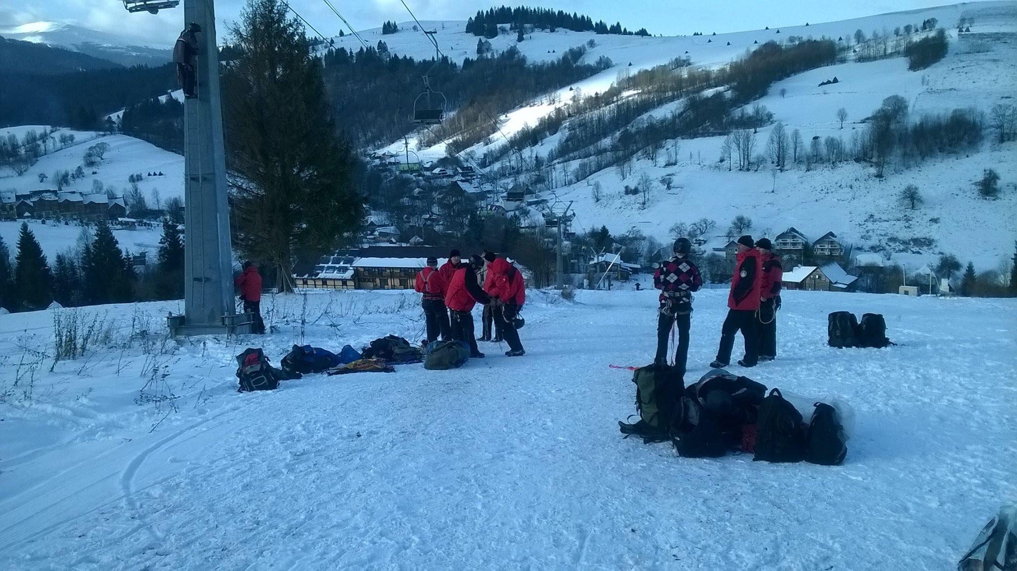 Рятувальники провели тренування на гірськолижному курорті