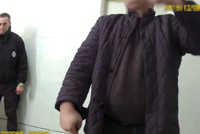 Патрульні оприлюднили відео резонансної погоні, затримання та допиту судді Ротмістренка