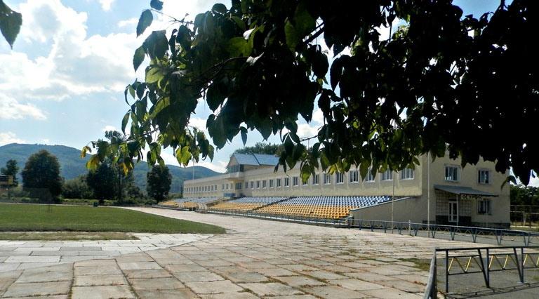 Відреконструйований стадіон у Хусті може стати базою легкоатлетичної збірної України