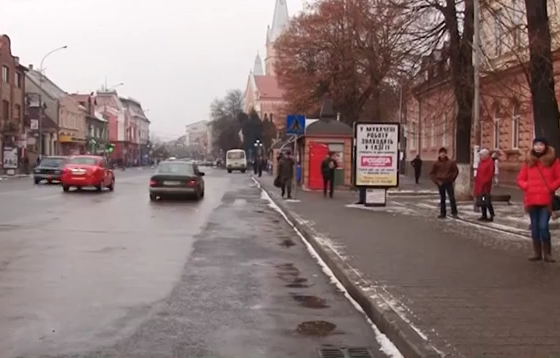 Пасажири висловили своє ставлення до протесту перевізників у Мукачеві