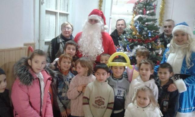 Для дітей-інвалідів у Берегові влаштували новорічне свято із подарунками
