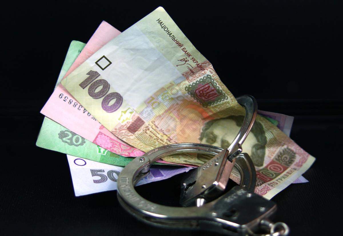 Мукачівські поліцейські оперативно затримали чоловіка, який з чужої кишені вкрав 5 тисяч гривень