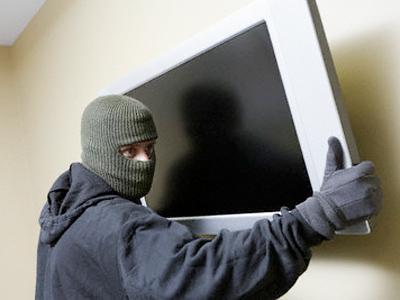В Ужгороді син вкрав у батька телевізор