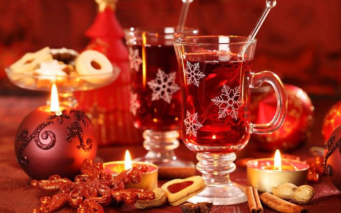 """Протягом трьох днів в Ужгороді відбудеться фестиваль глінтвейну """"Гаряче вино"""""""