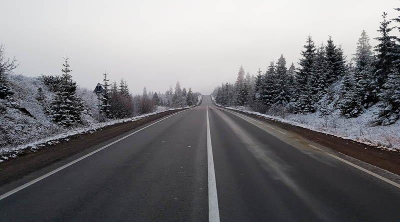 Проїзд автотранспорту через чотири перевали на адміністративній межі Закарпаття забезпечений, – Москаль