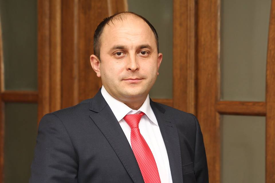 У Мукачеві призначили директора міського центру позашкільної освіти