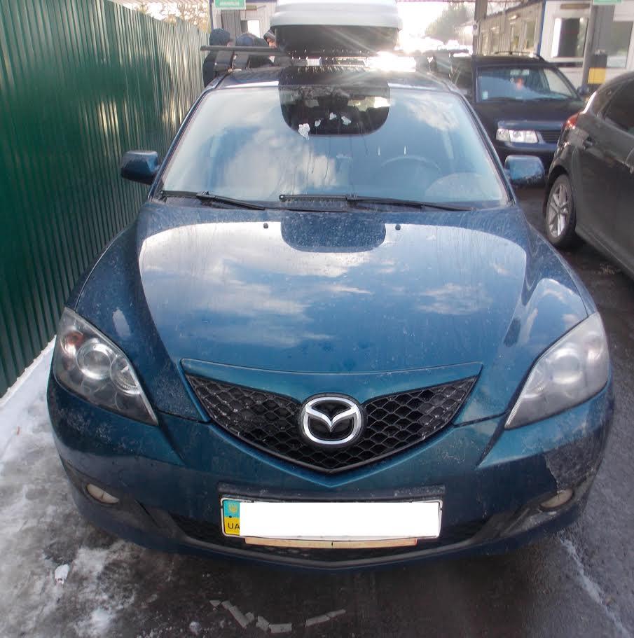 Закарпатські прикордонники затримали автомобіль, викрадений в Україні