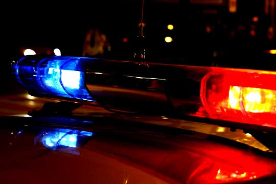 """Біля Ужгорода іномарка """"Honda Civic"""" врізалась у відбійник: водій втік з місця ДТП"""