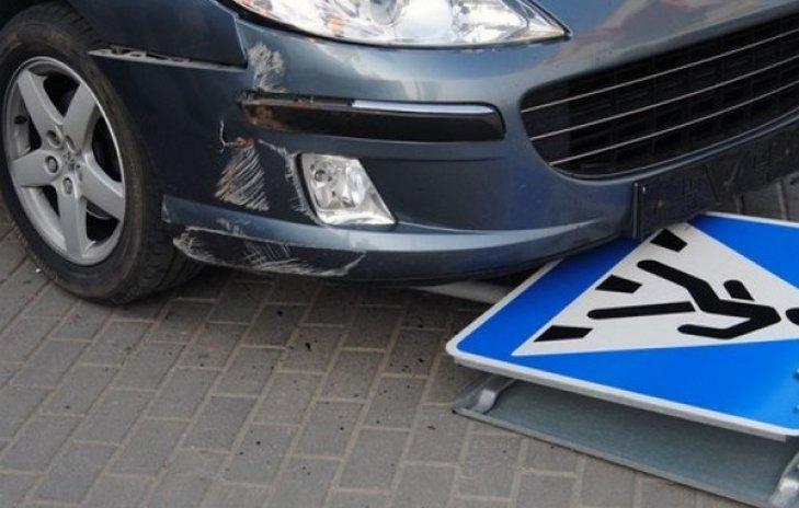 На вулиці Собранецькій в Ужгороді сталась ДТП: пішохода госпіталізували до лікарні