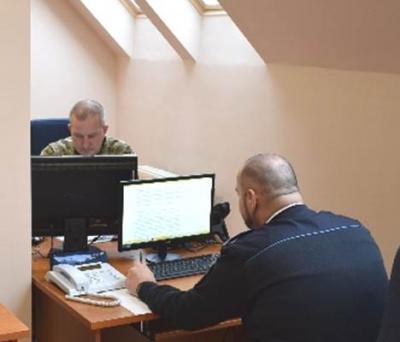 """На українсько-угорському кордоні розпочав функціонування перший спільний контактний пункт """"Захонь"""""""