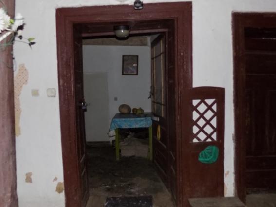 Пенсіонер з Ужгородщини розповів деталі нічного розбійного нападу на його будинок