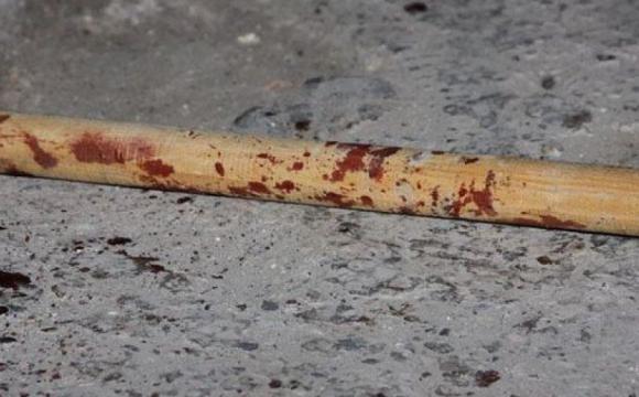 На Іршавщині юний колядник дерев'яною палицею побив водія автомобіля