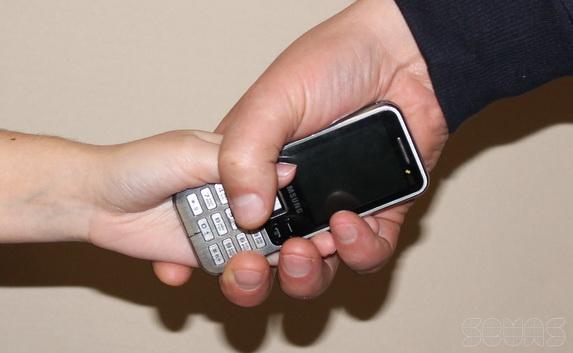 Поліція Мукачева розшукала викрадача мобільних телефонів