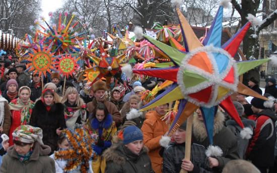 Розваги, виступи зірок естради й колядницьких гуртів: у вихідні Ужгород порине в колоритні фестивалі