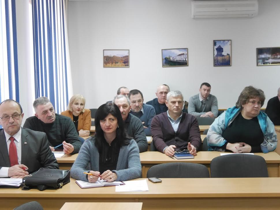 В Ужгороді провели чергове засідання оперативного штабу: вирішували, як боротись із негодою