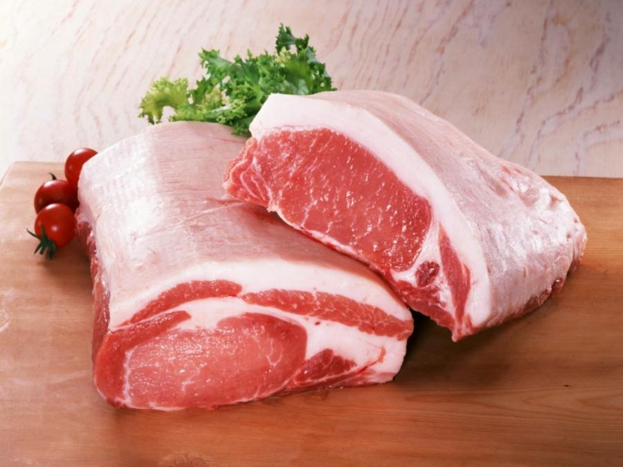 Білорусь заборонила імпорт свинини із Закарпаття