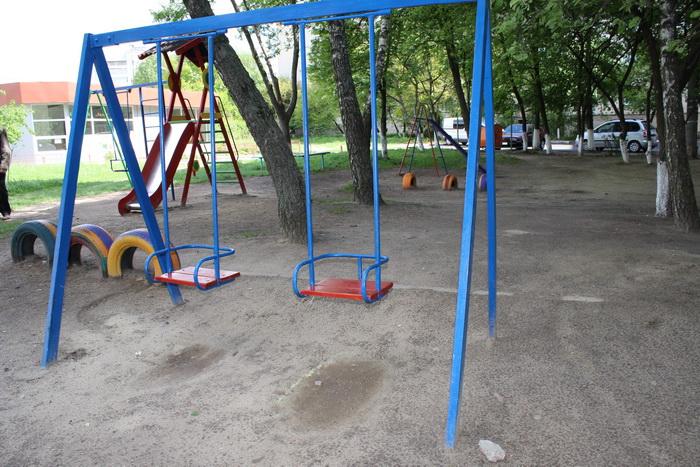 Ужгородська прокуратура перешкодила підприємцю незаконно отримати в оренду територію, на якій знаходиться дитячий майданчик