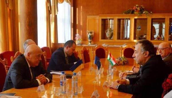 На Закарпатті з візитом перебуває Уповноважений Міністра зовнішньої економіки та закордонних справ Угорщини
