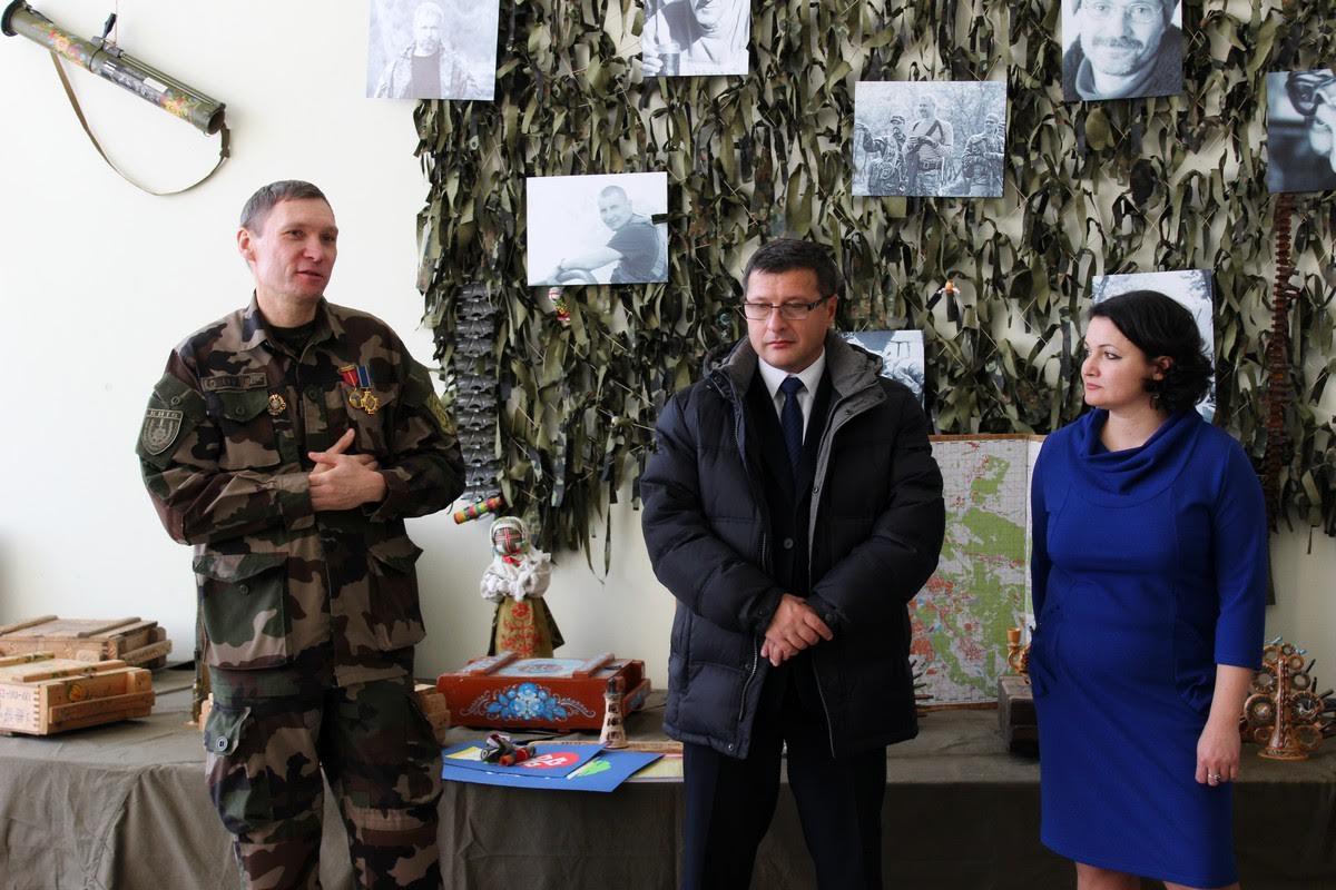 """Організатор """"Військово-польового арту"""" Павло Ротар назвав виставку в Ужгороді однією з найвдаліших"""