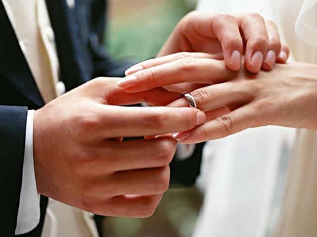 В Ужгороді відтепер можна одружитись за добу