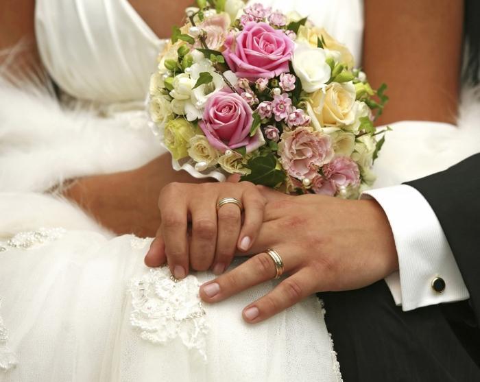 В Ужгороді можна буде одружитися за добу: молодят реєструватимуть у новому підприємстві