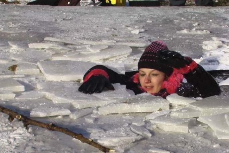 Рятувальники радять, як правильно поводитися на льоду