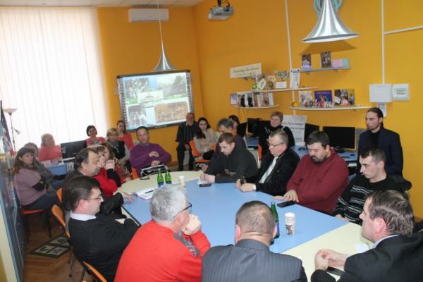 В Ужгороді відбувся круглий стіл «Гуцульська республіка: віхи історії»