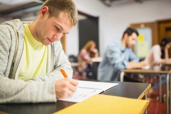 На результати ЗНО закарпатських випускників впливає заробітчанство їхніх батьків
