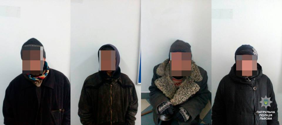 У Львові патрульні затримали групу закарпатців, які скоїли квартирну крадіжку