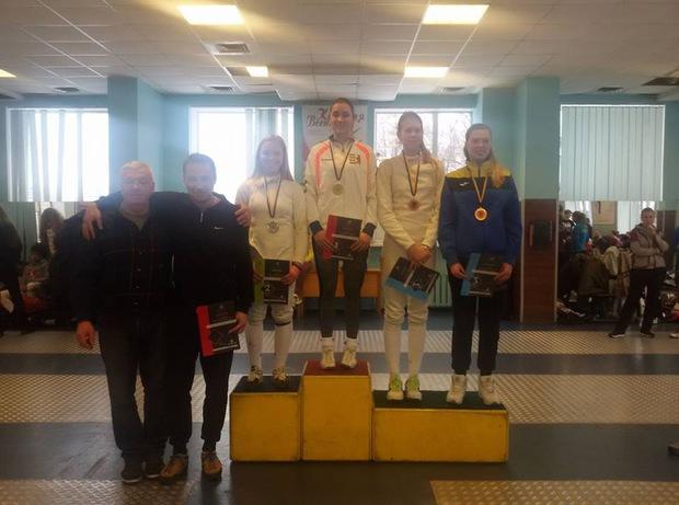 Закарпатка Дарія Варфоломеєва стала чемпіонкою України з фехтування