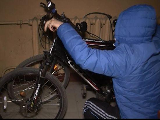 Крадій проник у підвал будинку і поцупив звідти велосипед