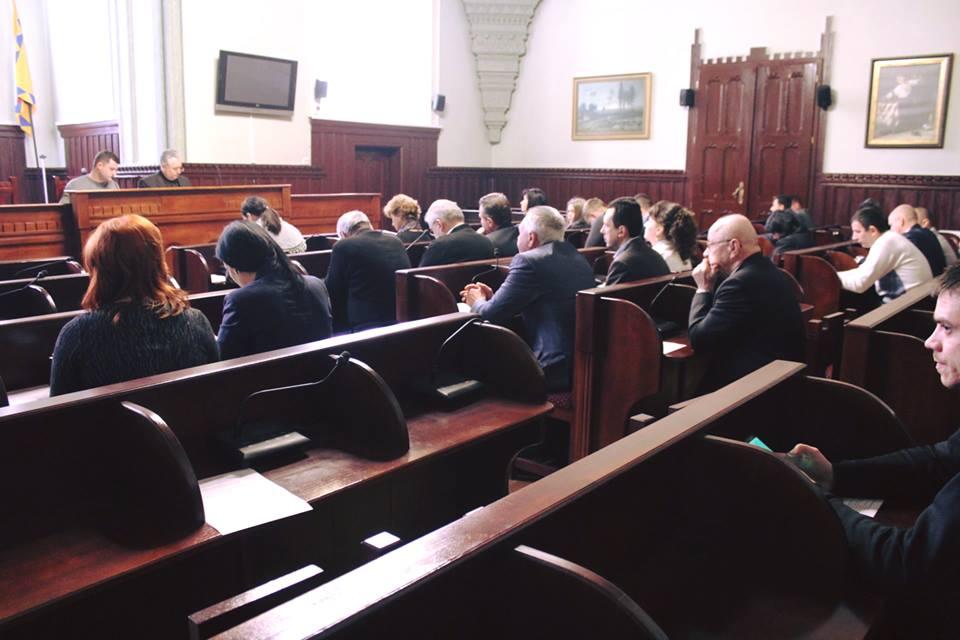 Мукачево передало шкільні меблі для навчальних закладів гірських районів області