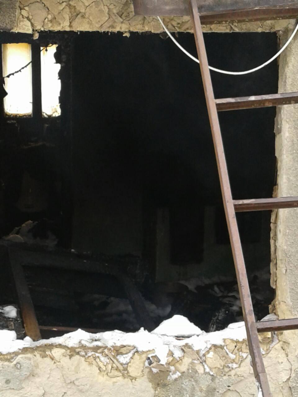 На Тячівщині внаслідок необережності під час паління на пожежі загинув чоловік
