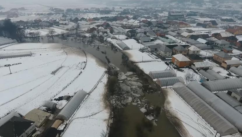 Паводок на річках Боржава та Іршавка показали з висоти пташиного польоту