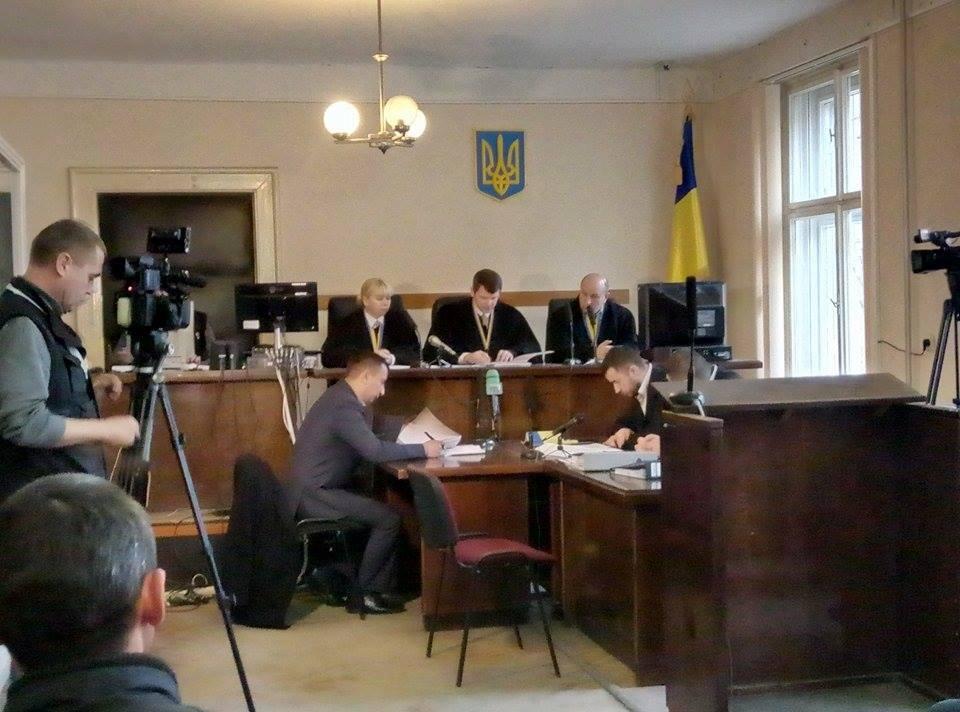 Суд змінив запобіжний захід фігурантам справи про корупцію в Ужгородській міськраді