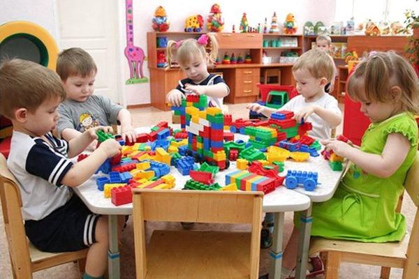 У дитячі садки Ужгорода дітей реєструватимуть через електронні заяви