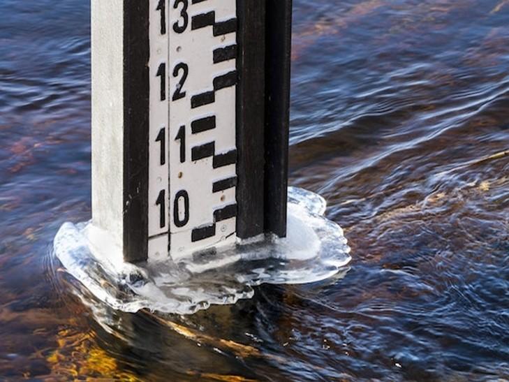 Протягом минулої доби вода в Тисі опустилася на два метри