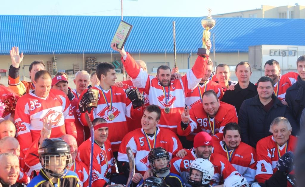 В Ужгороді визначився чемпіон Міжнародного турніру, присвяченому 100-літтю закарпатського хокею