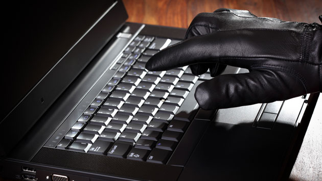 На Закарпатті кіберполіція викрила шахрая всеукраїнського масштабу